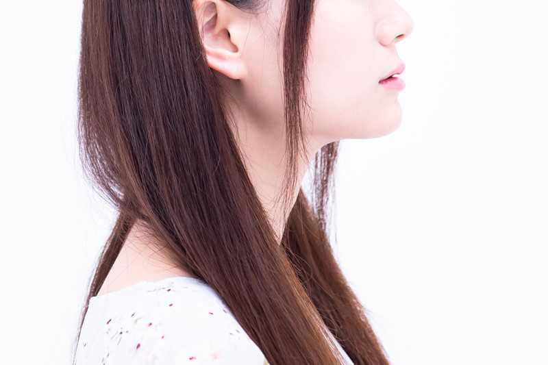 ニキビの原因とは?肌荒れを治す方法